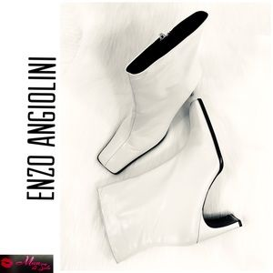 ENZO ANGIOLINI Leather Ivory Heel Ankle Boots